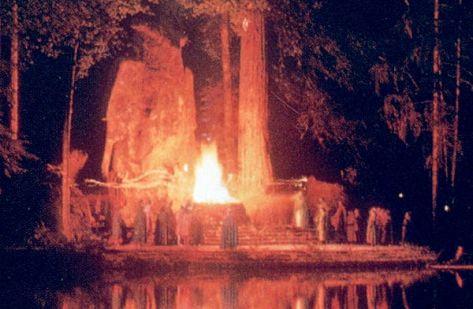 Resultado de imagen para imagenes bohemian grove sacrificios humanos