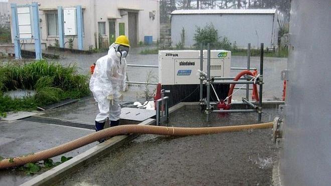 Fukushima-tifon-provoca-vertido-de-mas-de-1000-toneladas-de-agua-radiactiva