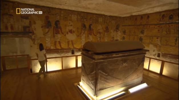 "tumba de ay - Vida y Muerte de Tutankamon, ""El Faraón Niño"""